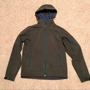 The North Face men's softshell hooded jacket small
